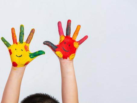 10 brincadeiras para aproveitar as férias com as crianças em casa