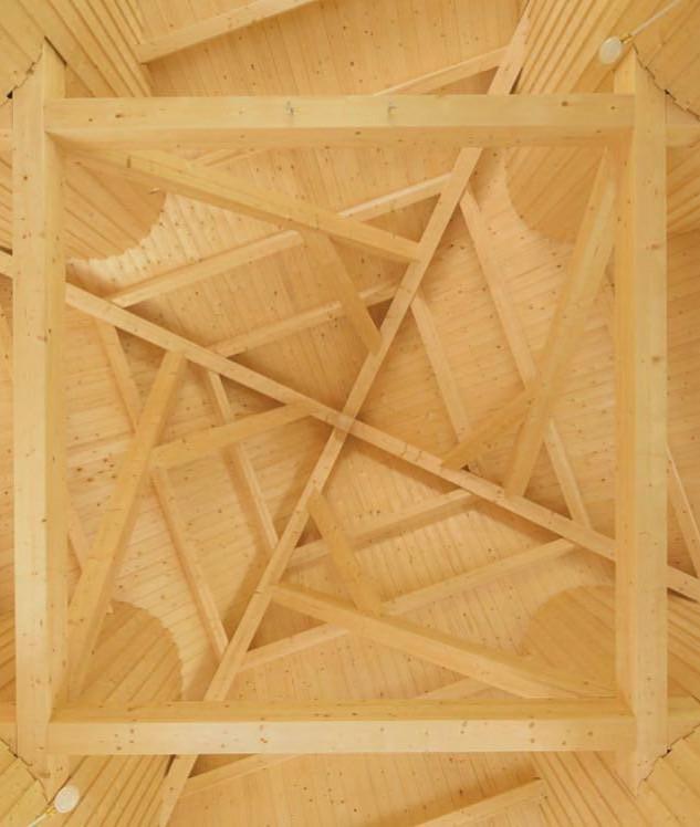 Dachkonstruktion mit verkanteten Hölzern