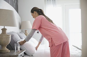 Home%20Nurse%20Making%20Bed_edited.jpg