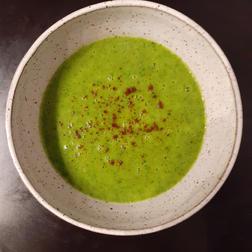 Arugula and Garlic Soup