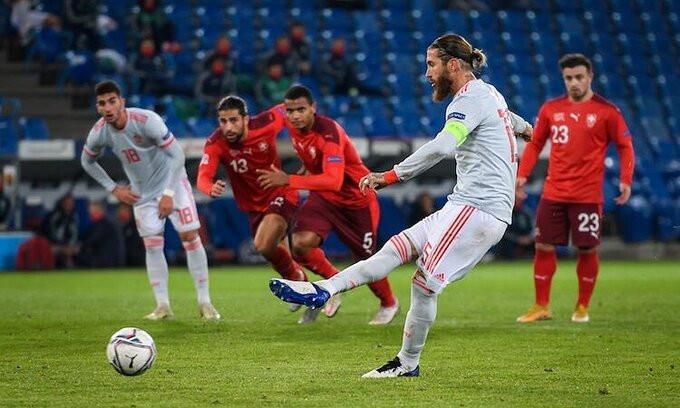 Ramos để lại kỷ niệm khó quên trong lần thứ 177 khoác áo Tây Ban Nha |JP88