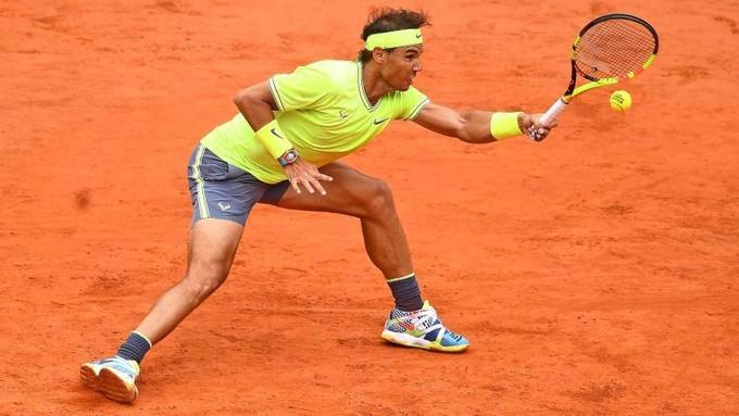 Nadal được xem như tay vợt giàu sức mạnh bậc nhất làng banh nỉ. |VUA-THE-THAO