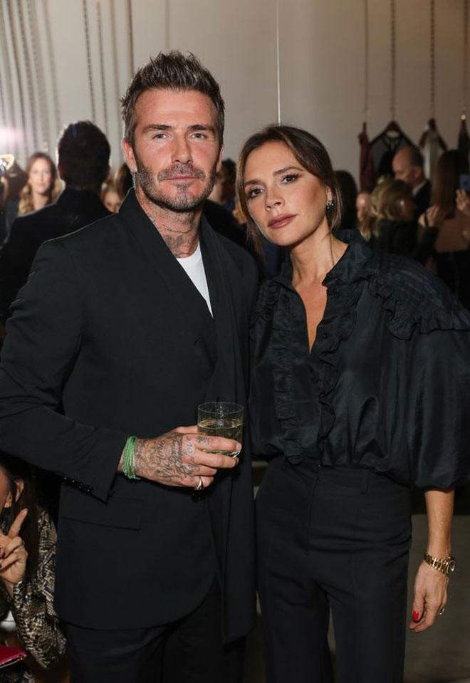 Vợ chồng Beckham bí mật điều trị sau khi cùng nhiễm Covid-19 |JP88