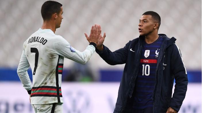 Ronaldo thân thiện với Mbappe |VUA-THE-THAO