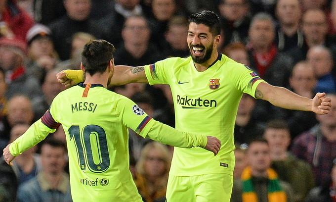 Suarez (phải) là bạn thân nhất của Messi ở Barca, là hàng xóm ở Barcelona |VUA-THE-THAO
