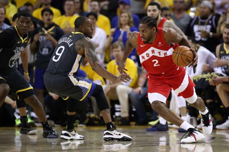Một năm trước trận NBA Finals giữa GSW vs Raptors có lượng người xem gấp 3 lần năm nay |VUA-THE-THAO