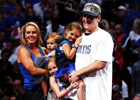 Gia đình Mark Cuban luôn hạnh phúc và tràn ngập tiếng cười |VUA-THE-THAO