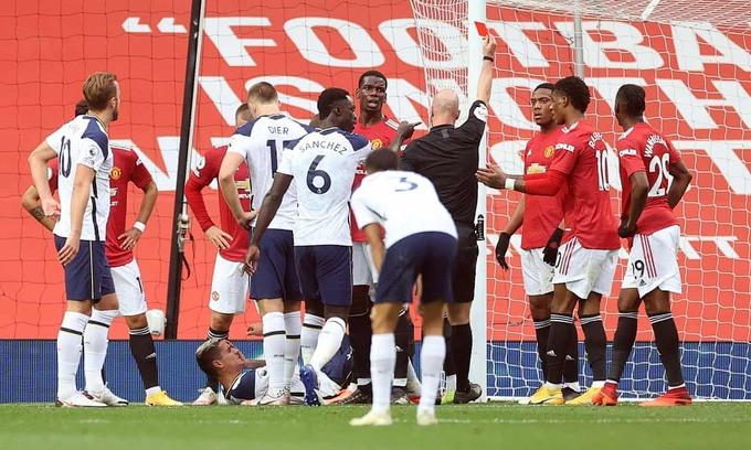 Martial bị thẻ đỏ khi trận đấu chưa trôi qua được một phần ba thời gian |VUA-THE-THAO