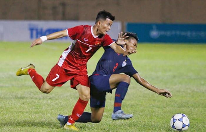Trần Mạnh Quỳnh là cầu thủ SLNA nhưng đang thi đấu cho PVF |VUA-THE-THAO