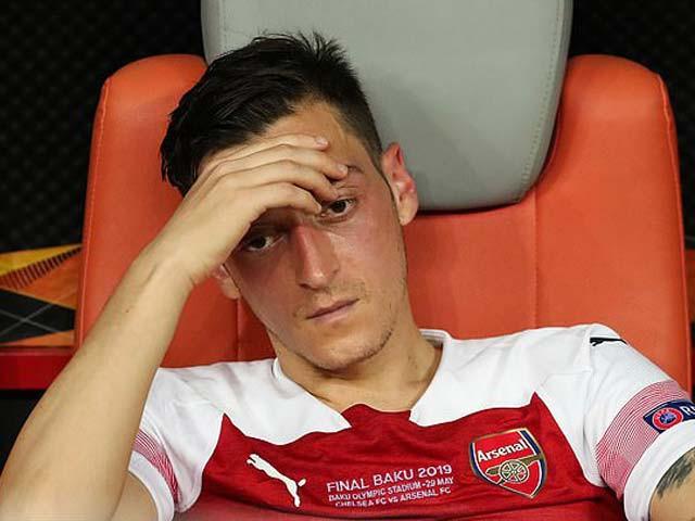 """Ozil cáo buộc Arsenal """"đánh mất lòng trung thành""""  JP88"""