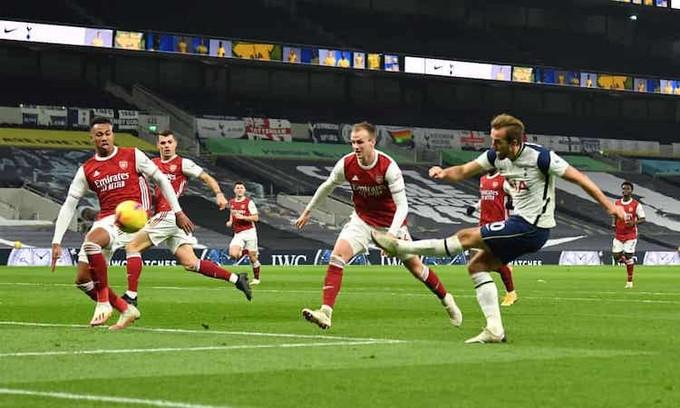 Kane nhân đôi cách biệt cho Tottenham bằng một pha dứt điểm lạnh lùng |JP88
