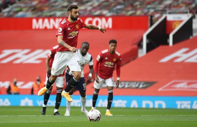 Bruno Fernandes mở tỷ số trên chấm 11m cho Man Utd |VUA-THE-THAO