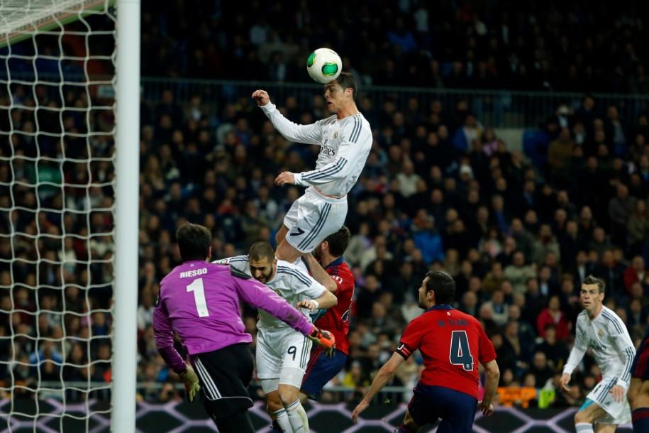 Sức bật vượt trội giúp Cristiano Ronaldo chiếm ưu thế ở môn bóng đá |JP88
