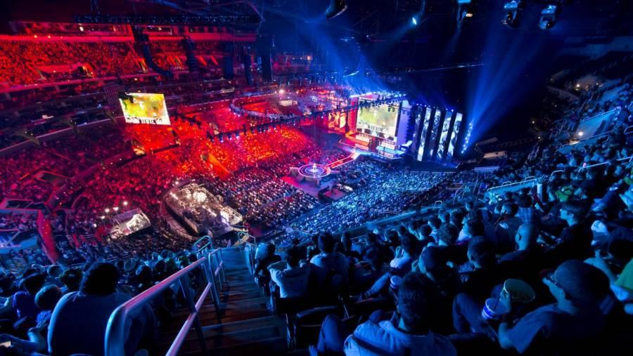 Với việc LCK thi đấu online, những khán đài chật kín khán giả sẽ chỉ còn là giấc mơ xa vời  ST666-VN-GAMES