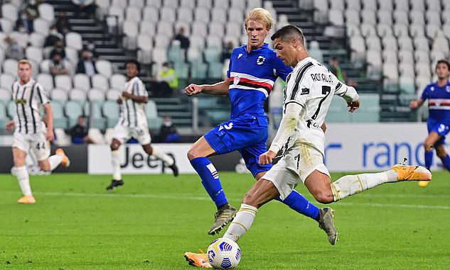 Ronaldo chơi năng nổ, hoạt động rộng trong trận mở màn mùa giải mới  VUA-THE-THAO