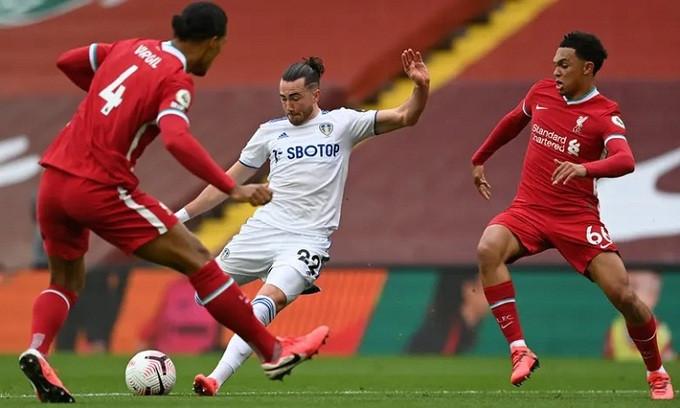 Harrison gỡ hòa cho Leeds bằng một tình huống độc diễn qua hai hậu vệ |VUA-THE-THAO