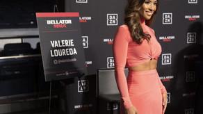 """Đấm đối thủ """"lên bờ xuống ruộng"""", nữ thần bốc lửa UFC nhảy múa gây sốc"""