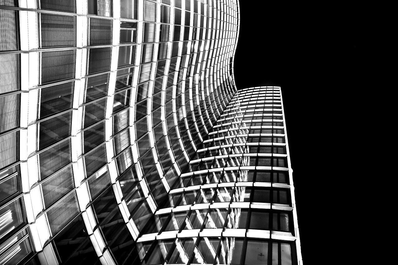 architecture-2092851_1280.jpg