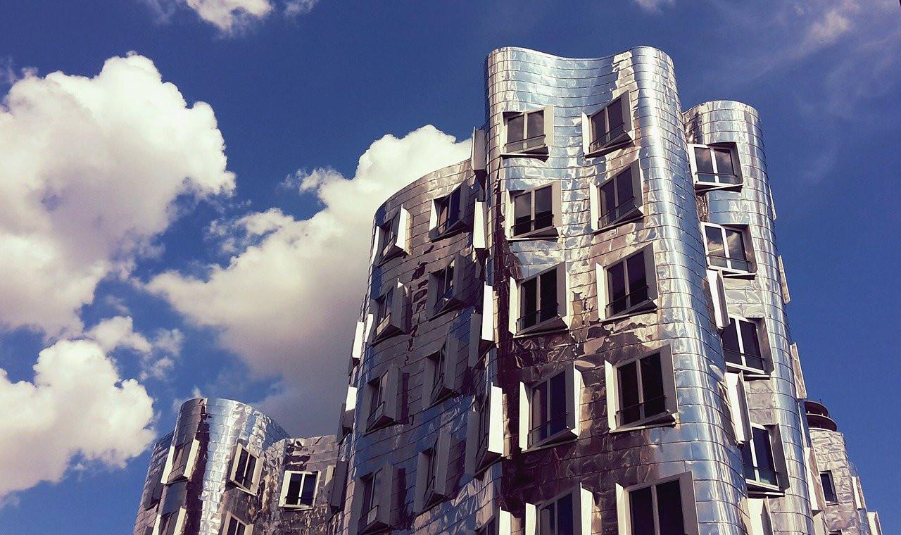 architecture-2371294_1280.jpg