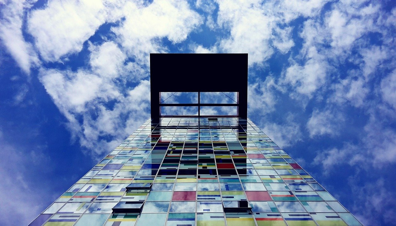 skyscraper-1562045_1280.jpg