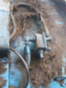 Bunning, ECE muck spreader floor drive relief valve