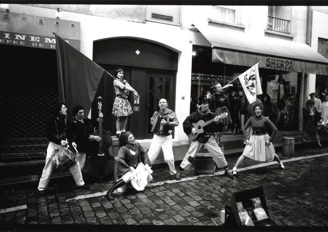 street_performers.tif