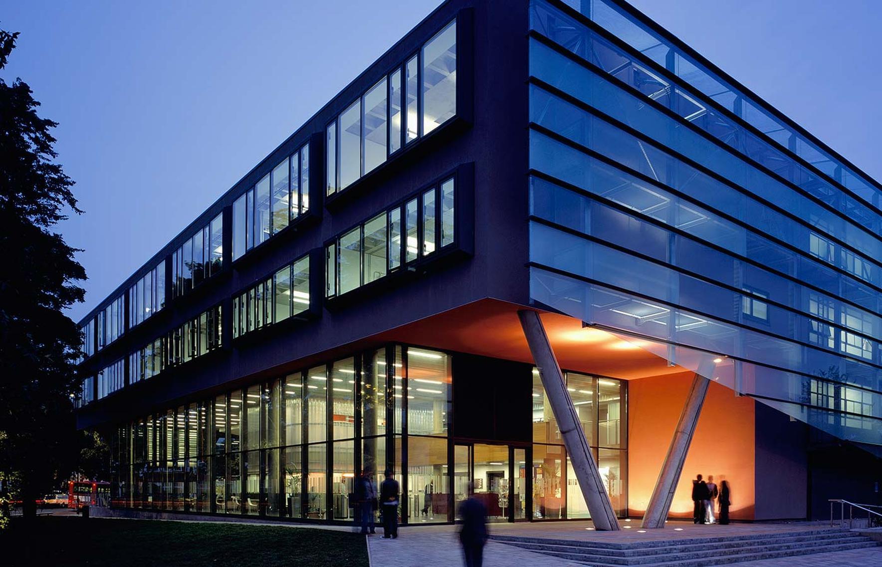 City and Islington College, London, Inglaterra