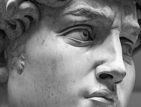 greeek statues_AdobeStock_302492295.png