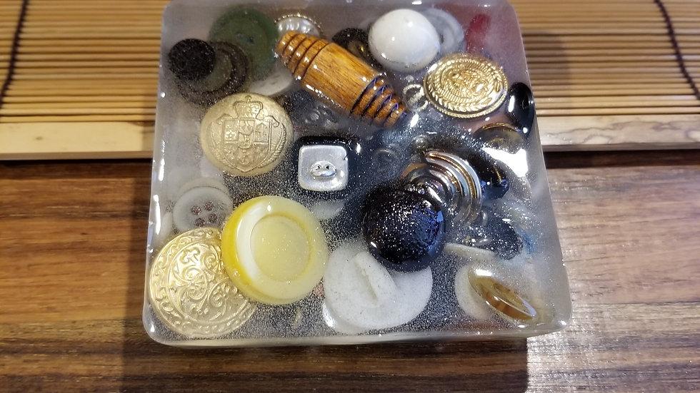 Antique Button Soap Dish ACCBUTSD3