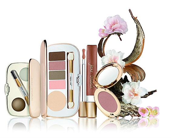 Mackie naturals salon spa jane iredale mineral makeup for A b mackie salon
