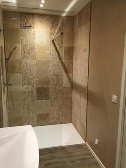 salle de bain provençal moderne