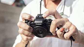 compact-digital-cameras-2x_2622358453283