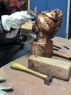Ciselures et finitions du bronze