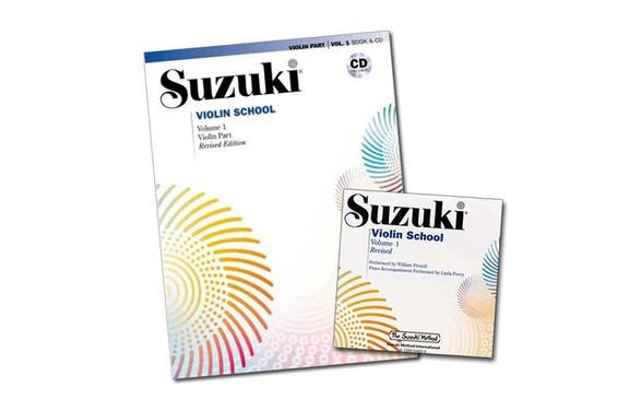 Mamy pięknie wydane nuty i płyty CD z nagranym specjalnie dla dzieci repertuarem.