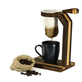Suporte com coador de café