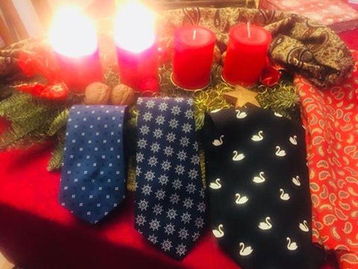 ZWEITER ADVENT. Wir wünschen Ihnen und Ihren Lieben einen wunderschönen 2ten Advent.