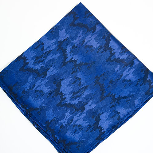 Pocket square made of silk cir. 28x28cm. Handmade in Berlin. Camouflage. Deep blue