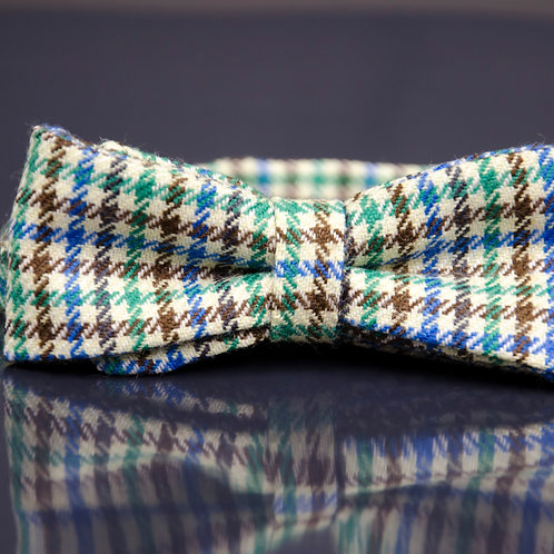 Bowtie made of wool for suit/jacket/shirt approx. 6x12cm. Pre-tied. Vichy. Green