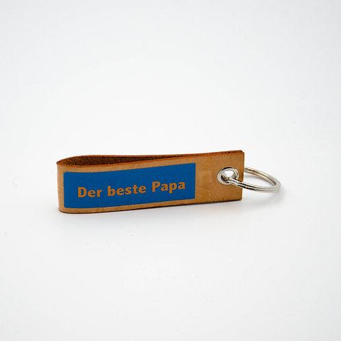 ''Der beste Papa'' Schlüsselanhänger aus Leder ca. 8x2,5cm.Handarbeit a