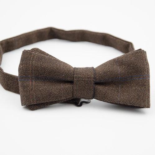 Fliege für Herren Anzug/Hemd aus Schurwolle. Vorgebunden ca. 6x12cm. Braun.