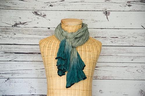 Seidenschal für Frauen. Tie dye Seidenschal. Schal für Frauen. Türkis