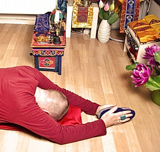 Verbeugungen Schritt als alltägliche Praxis der Tibetische Buddhismus.