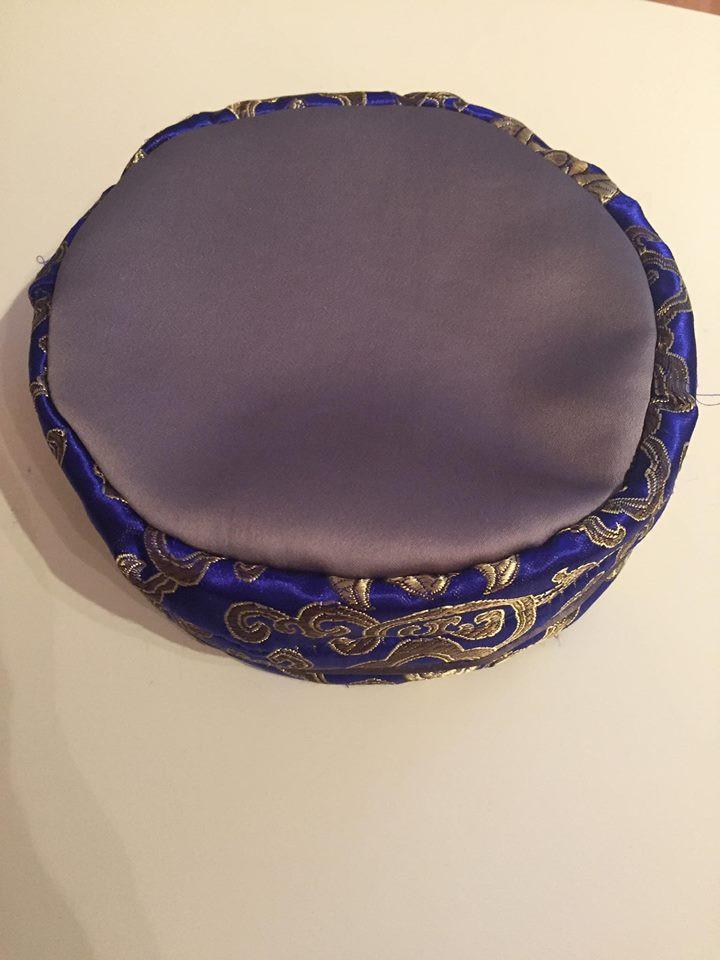 Mandalascheibe Tasche angefertigte auf Kundenwunsche. Handarbeit aus Berlin. Sangha Friend.