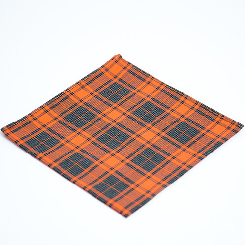 Pocket square made of cotton blend cir. 28x28cm. Handmade in Berlin. Check. Orange