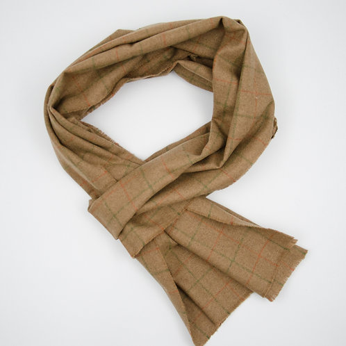 Scarf made of blend wool and cashmere cir. 28x200cm. Suitable for mild weather. Earthy Green