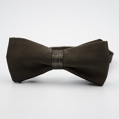 Silk bowtie for men suit/shirt. Pre-tied. Approx. 6x12cm. Dark Green