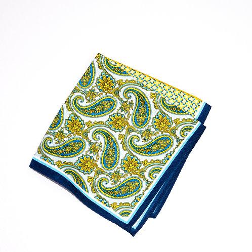 Pocket square made of silk cir.34x34cm. Mixed paisley print.Green