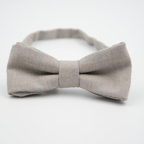 Fliege für Herren Anzug oder Hemd aus Schurwolle. Vorgebunden . ca. 6x12cm. Grau
