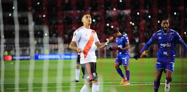 River Plate 0 Cruzeiro 0.jpg