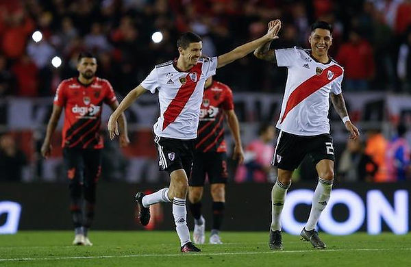 River Plate 3 Athletico Paranaense 0.jpg